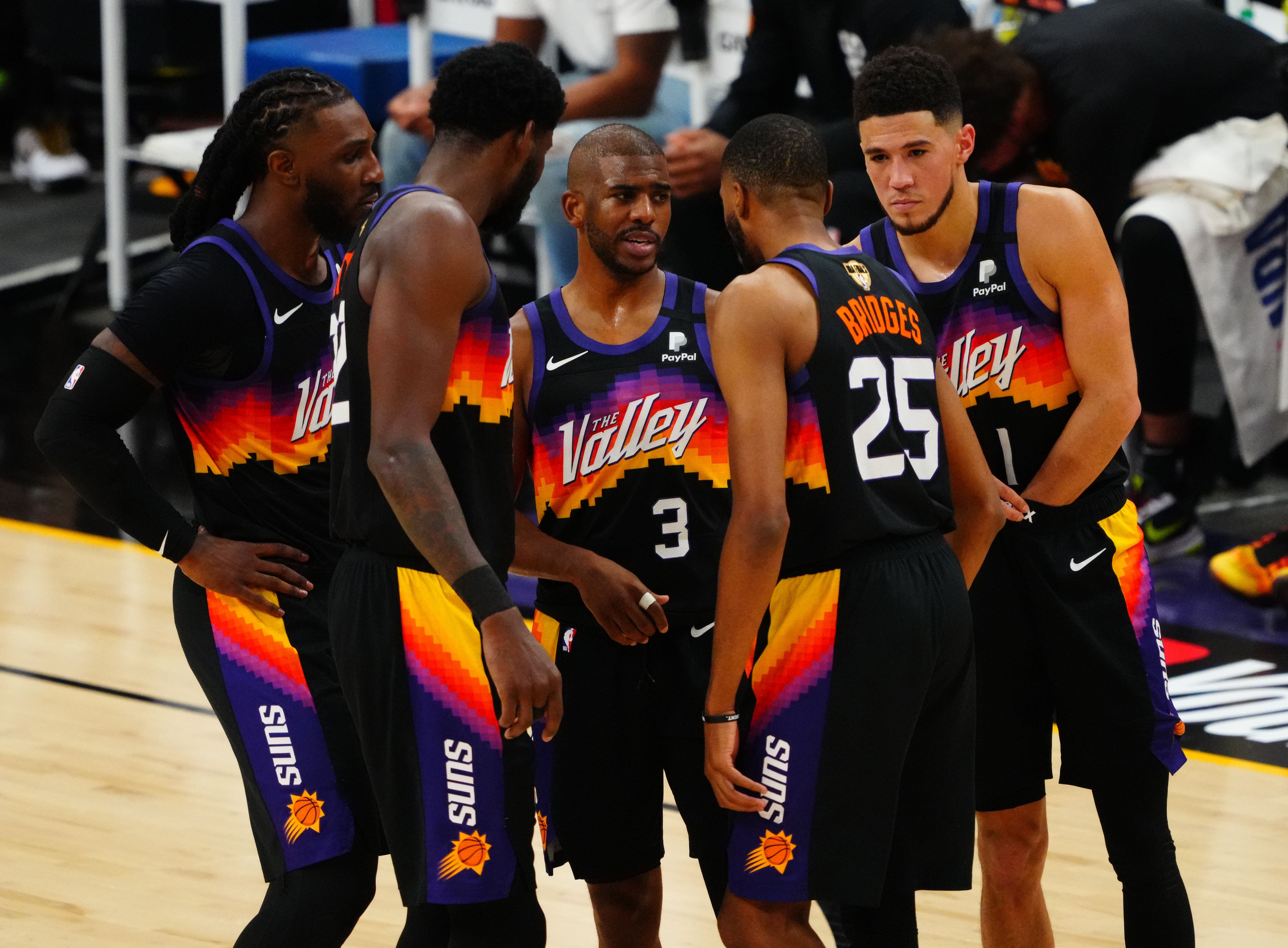 Which futures bets should Phoenix Suns fans consider for 2021-22?